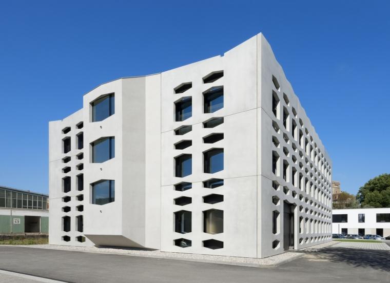 德国纽特拉大楼外部实景图-德国纽特拉大楼第8张图片