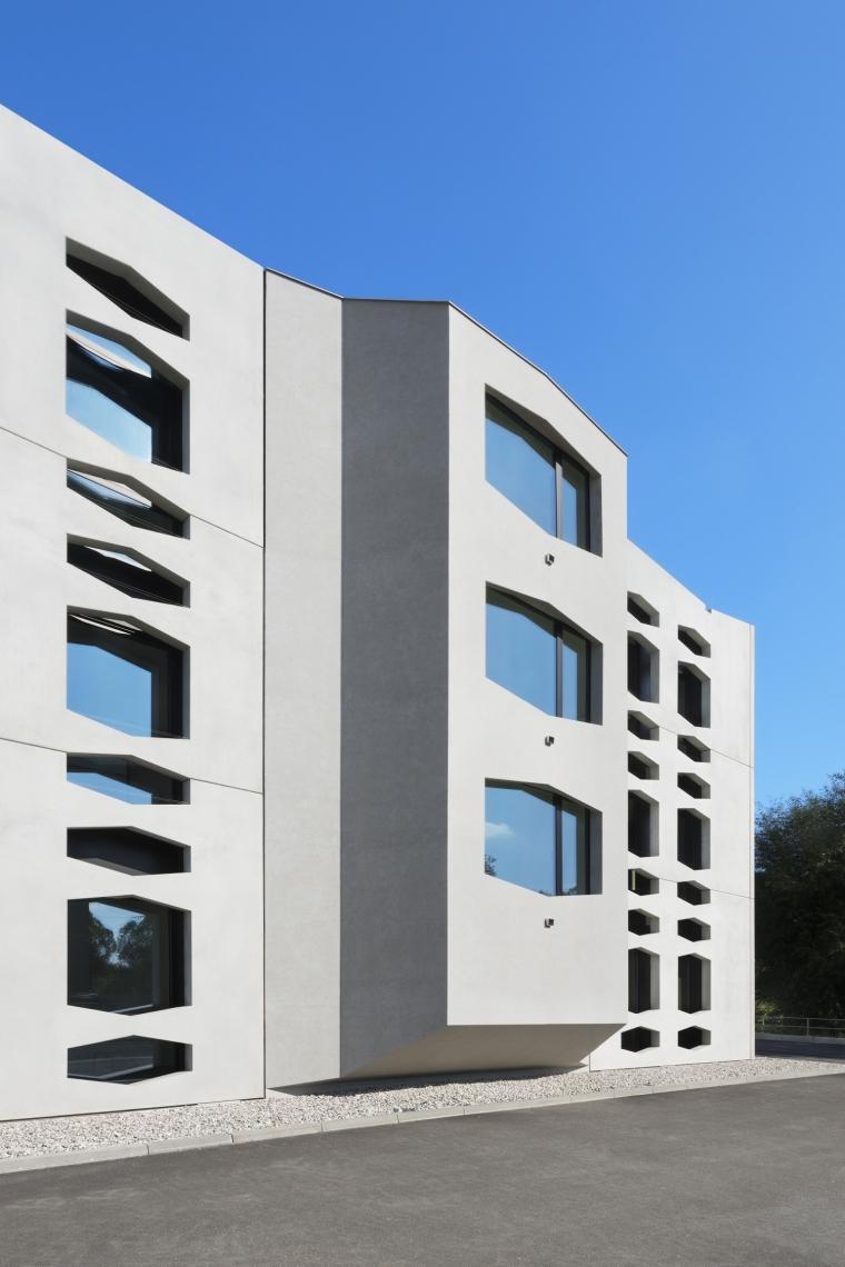 德国纽特拉大楼外部细节实景图-德国纽特拉大楼第15张图片