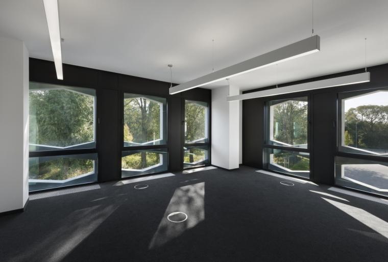 德国纽特拉大楼内部实景图-德国纽特拉大楼第31张图片