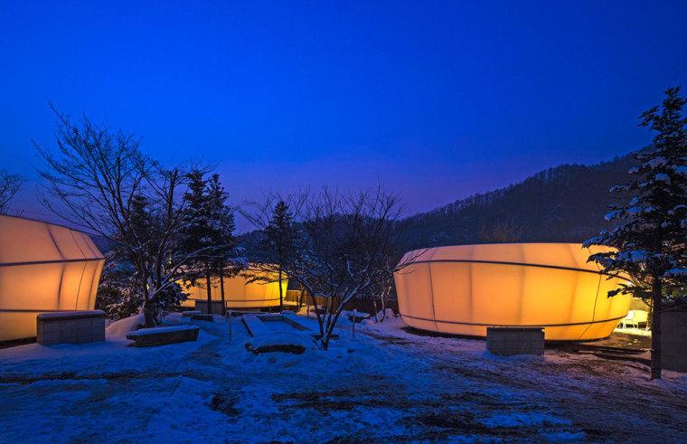 韩国奢华露营帐篷外部夜景实景图-韩国奢华露营帐篷第12张图片