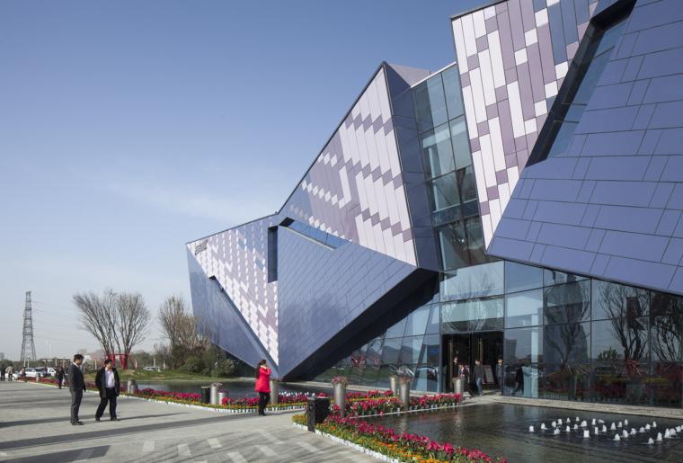 河南郑州万科城售楼中心改造外部-河南郑州万科城售楼中心改造第4张图片