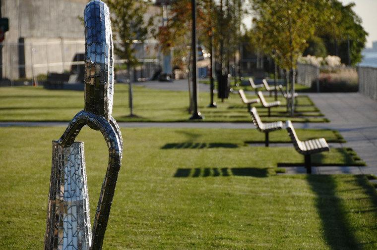 美国西哈莱姆码头公园外部草坪实-美国西哈莱姆码头公园第11张图片