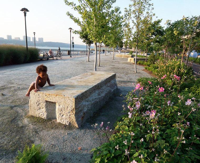 美国西哈莱姆码头公园外部局部实-美国西哈莱姆码头公园第12张图片
