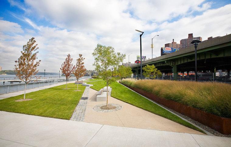 美国西哈莱姆码头公园外部局部实-美国西哈莱姆码头公园第8张图片