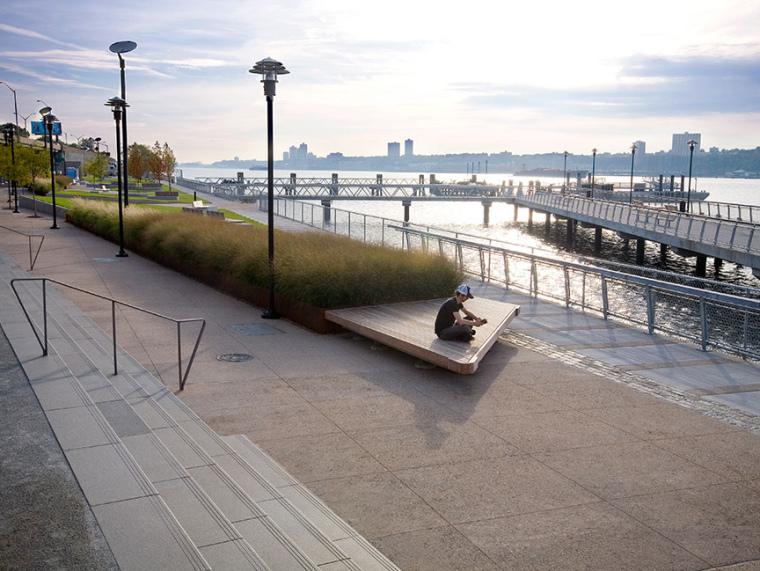 美国西哈莱姆码头公园第1张图片