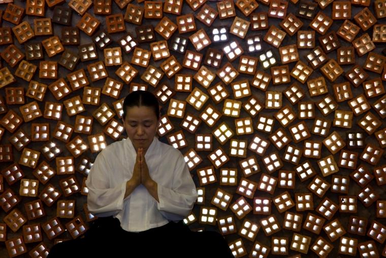 柬埔寨圆佛教寺院内部局部实景图-柬埔寨圆佛教寺院第22张图片