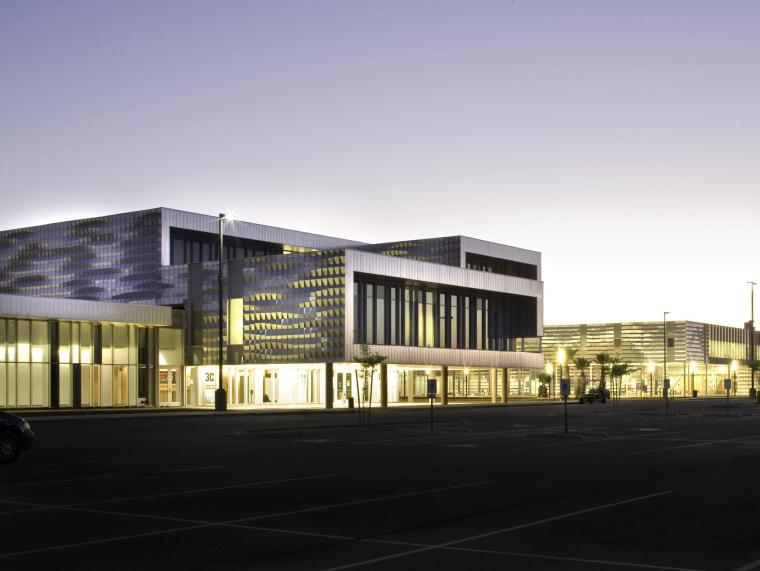 美国西部学院社区楼及科学农业中心