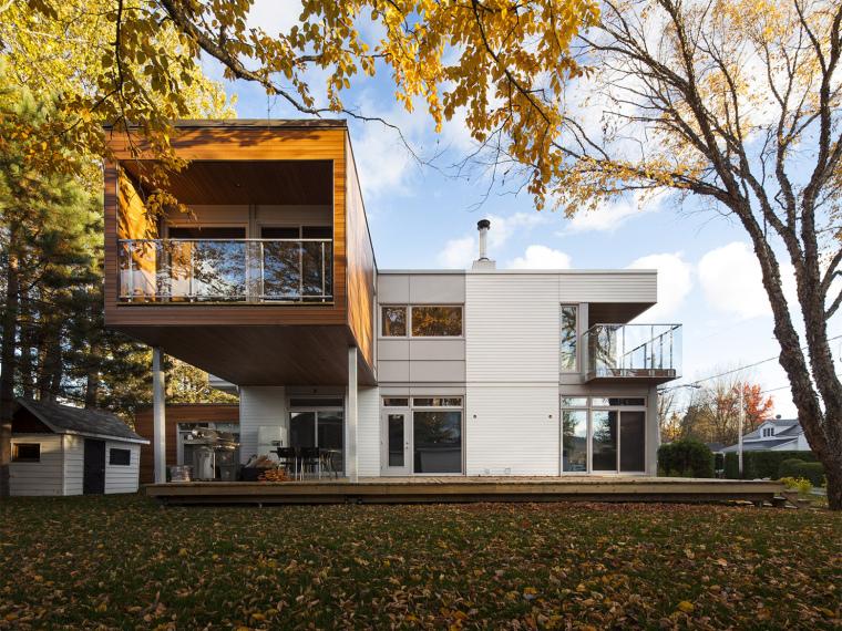 加拿大夏季别墅L型房子