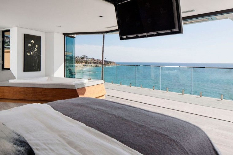 美国拉古娜滨海豪宅室内卧室实景-美国拉古娜滨海豪宅第10张图片