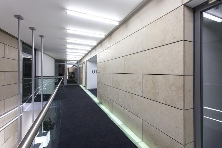 英国公主大街55号办公室室内过道-英国公主大街55号办公室第6张图片