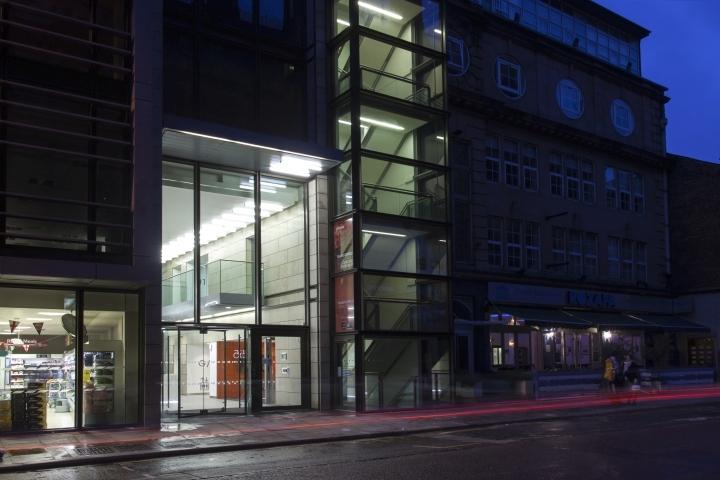 英国公主大街55号办公室外部夜景-英国公主大街55号办公室第10张图片