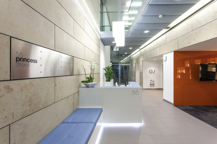英国公主大街55号办公室室内过道-英国公主大街55号办公室第5张图片