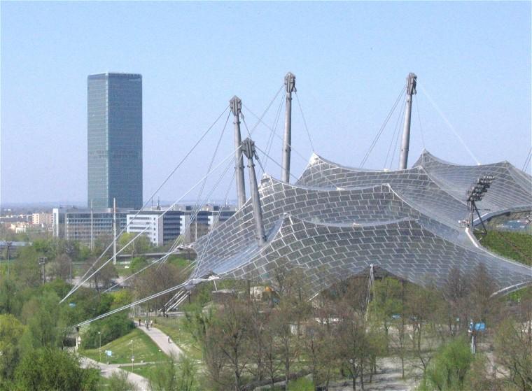 慕尼黑奥林匹克体育场外部实景图-慕尼黑奥林匹克体育场第6张图片