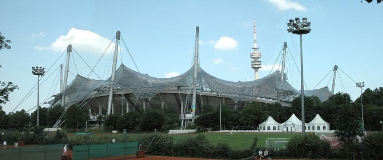 慕尼黑奥林匹克体育场外部实景图-慕尼黑奥林匹克体育场第4张图片