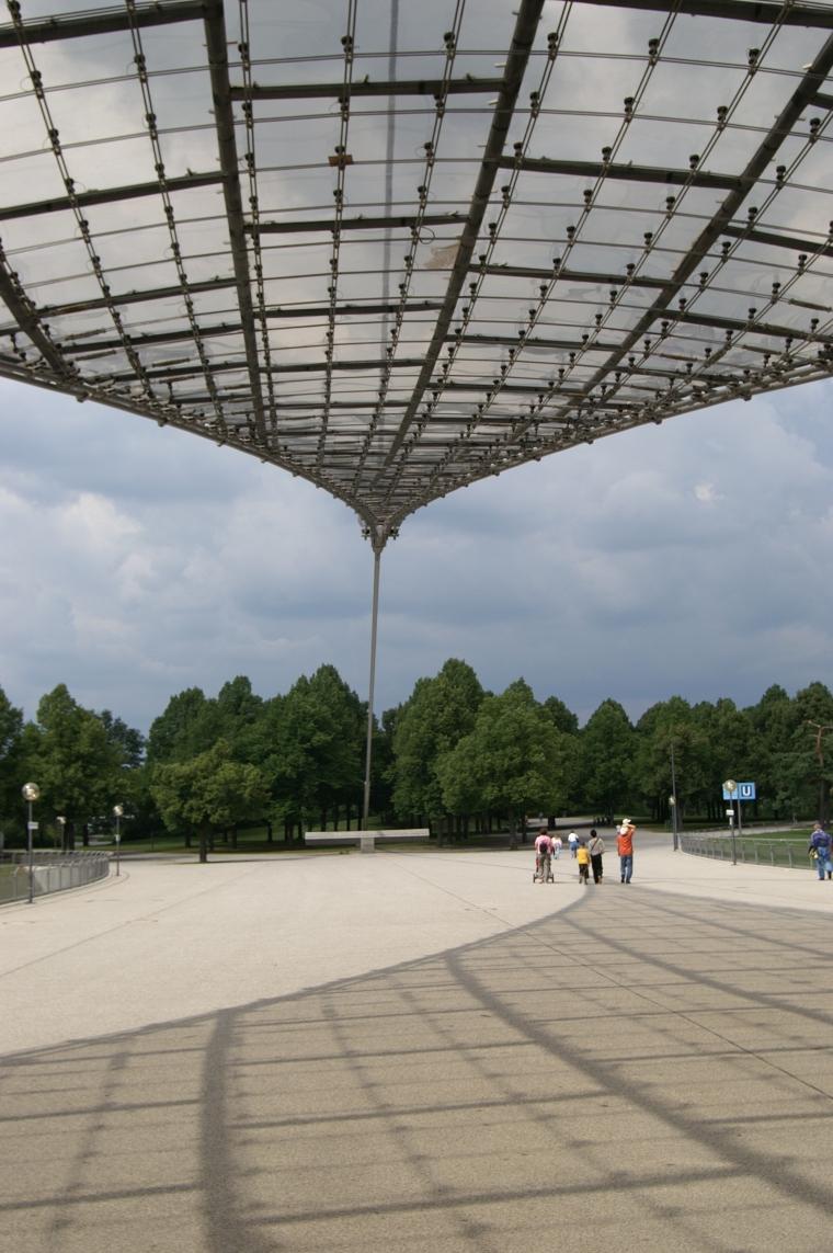 慕尼黑奥林匹克体育场外部道路实-慕尼黑奥林匹克体育场第13张图片