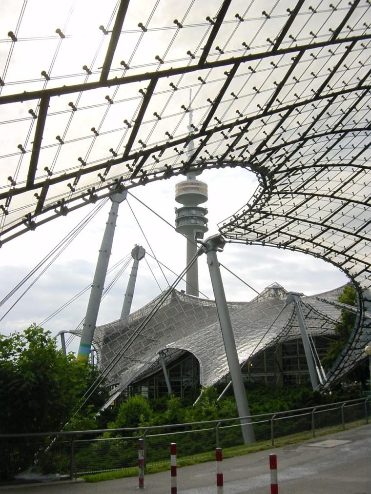 慕尼黑奥林匹克体育场外部道路实-慕尼黑奥林匹克体育场第9张图片