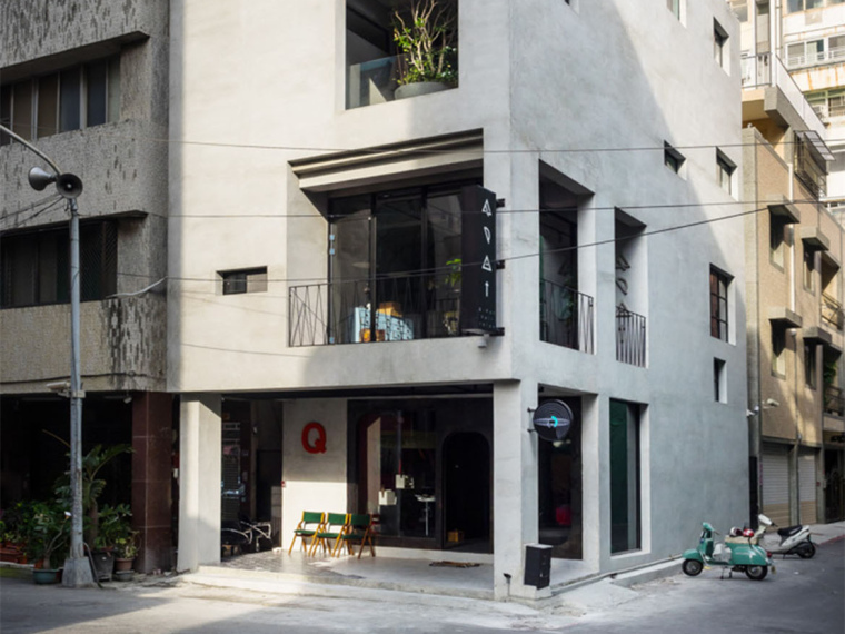 台湾翻修的错层式发廊和住宅
