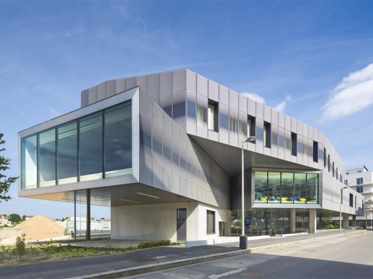 法国舒瓦西勒鲁瓦多媒体图书馆