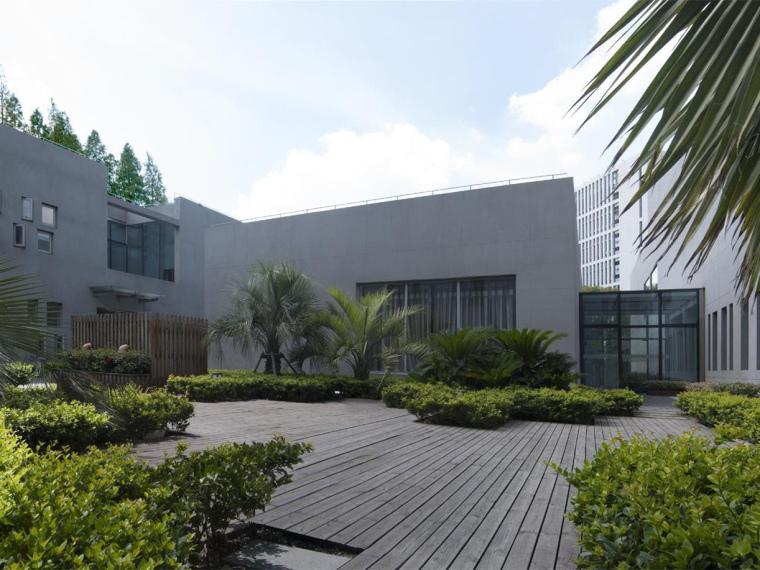 上海科学院物联网指挥中心和实验室