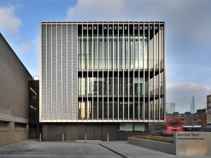 英国伦敦国家剧院翻新