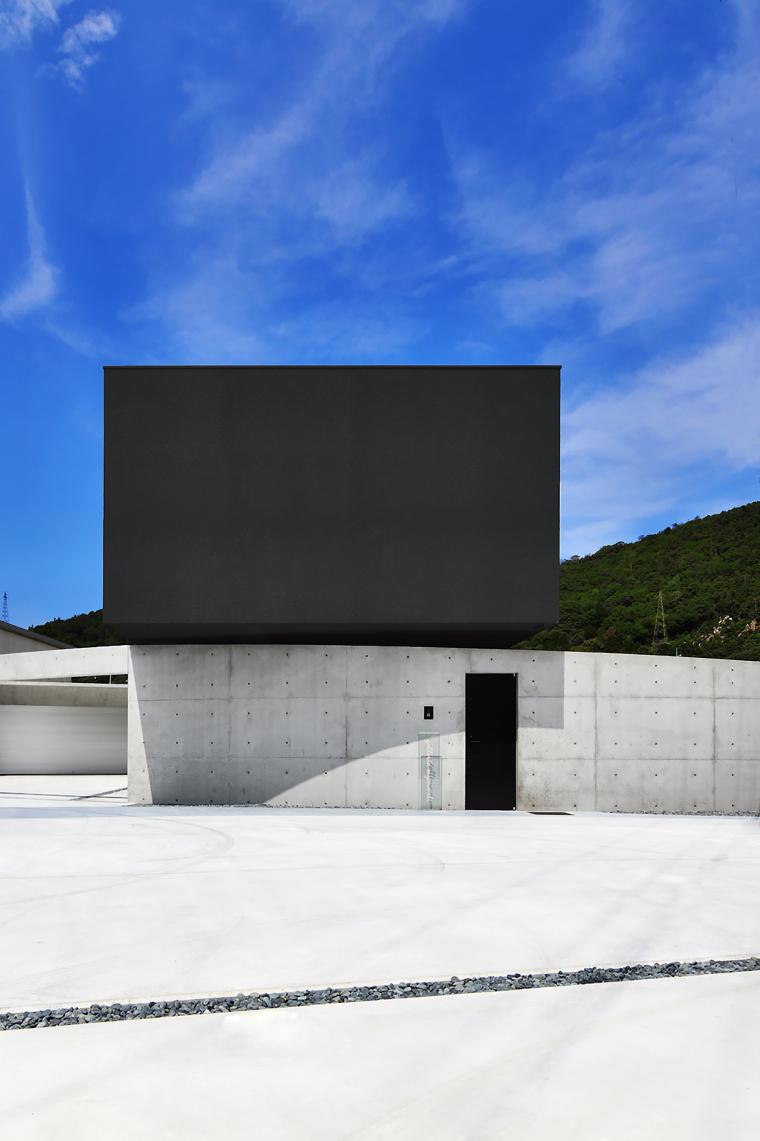 日本悬浮住宅外部实景图-日本悬浮住宅第12张图片