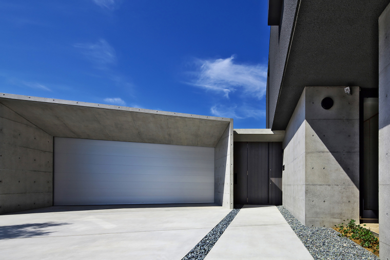 日本悬浮住宅外部实景图-日本悬浮住宅第9张图片