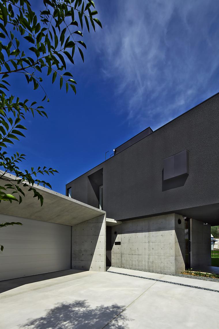 日本悬浮住宅外部实景图-日本悬浮住宅第10张图片
