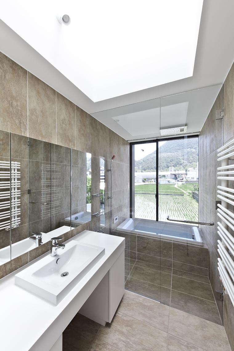 日本悬浮住宅外部内部浴室实景图-日本悬浮住宅第35张图片