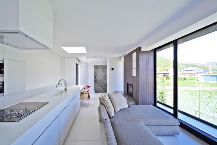 日本悬浮住宅外部内部厨房实景图-日本悬浮住宅第29张图片