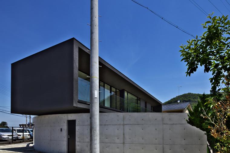 日本悬浮住宅外部实景图-日本悬浮住宅第4张图片