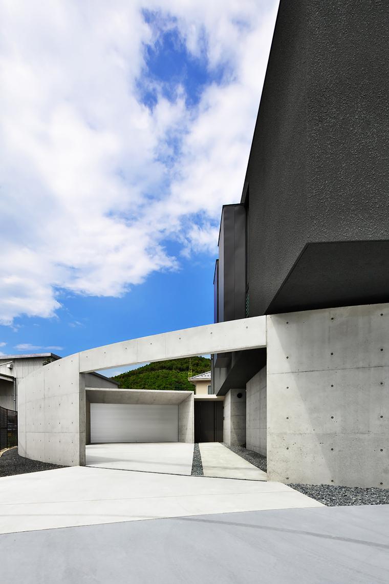 日本悬浮住宅外部实景图-日本悬浮住宅第14张图片