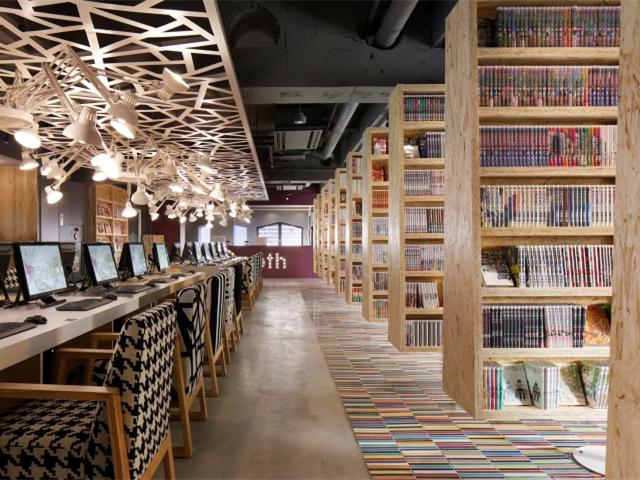 日本Internet/Manga咖啡馆兼胶囊酒店
