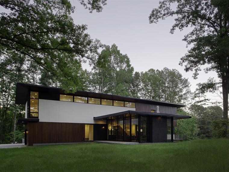 US现代别墅资料下载-美国罗利市克拉克庭院别墅