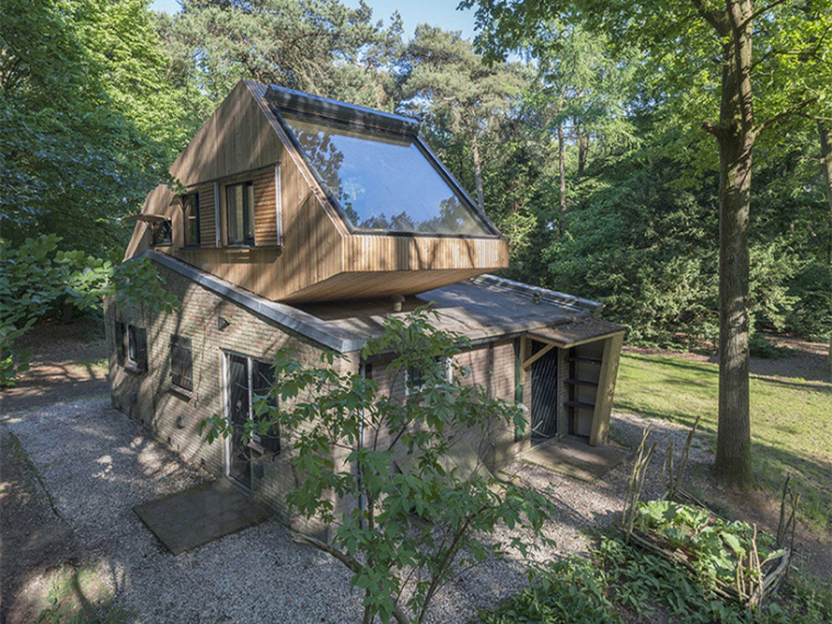 荷兰度假别墅美化及屋顶改建