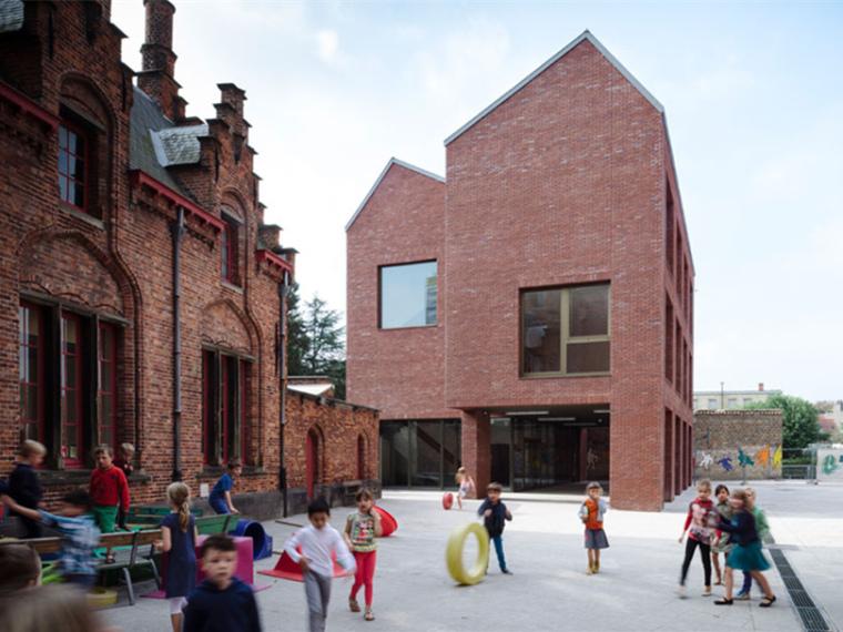 比利时布鲁日市某幼儿园校舍