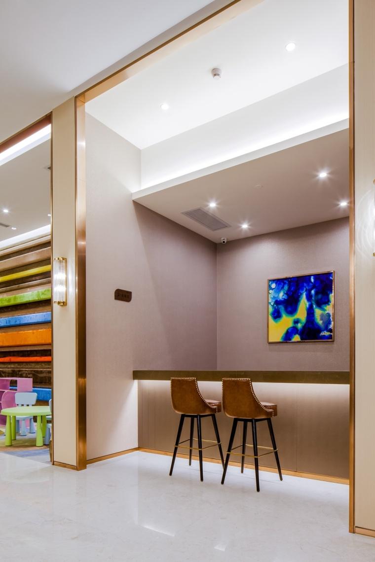 上海龙湖北城天街售楼处室内实景-上海龙湖北城天街售楼处第7张图片