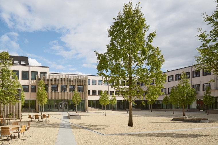 瑞典ULLS HUS校园公共公间景观