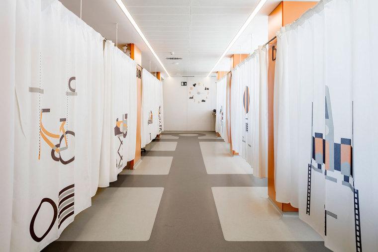 巴塞罗那儿童肿瘤中心室内设计
