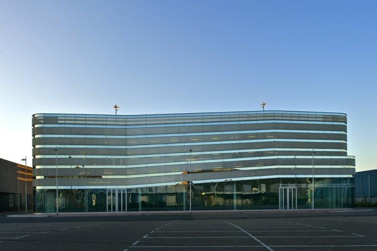 鹿特丹多层停车场建筑