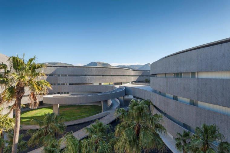 西班牙拉古纳大学艺术学院新院