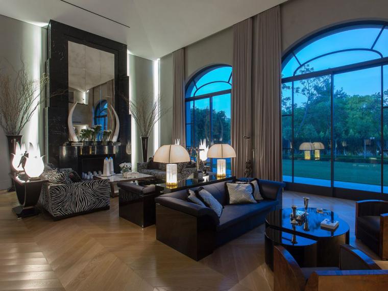 Addition to a Stunning私人住宅