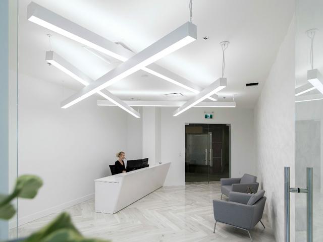 加拿大The Newmark集团公司办公室