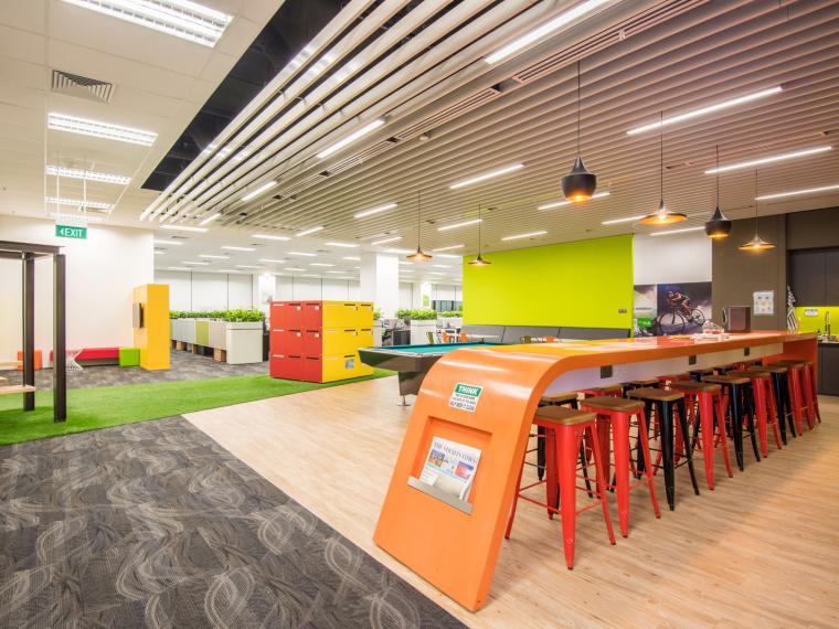 it公司办公室设计资料下载-新加坡Dimension Data公司办公室