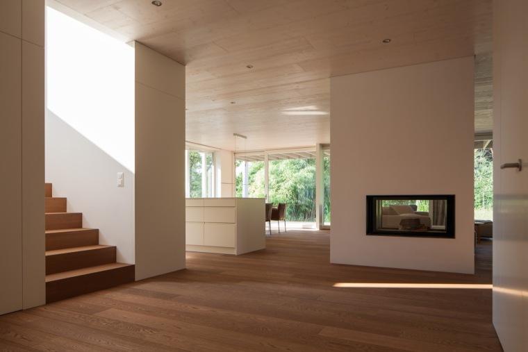 瑞士比尔湖住宅内部实景图-瑞士比尔湖住宅第6张图片