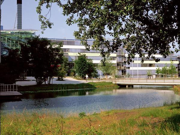 LVA公司总部办公楼