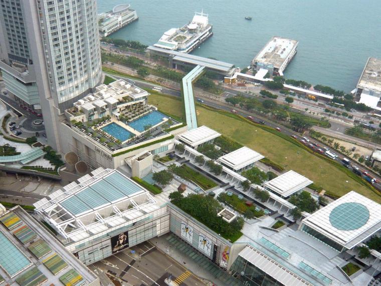 香港国际金融中心二期平台花园