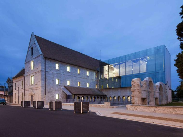 法国卢维埃音乐学校