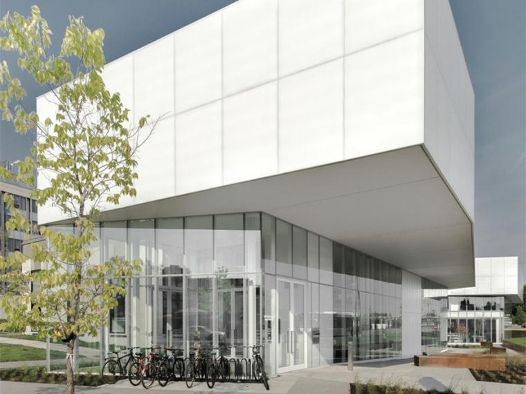 加拿大Saul-Bellow图书馆