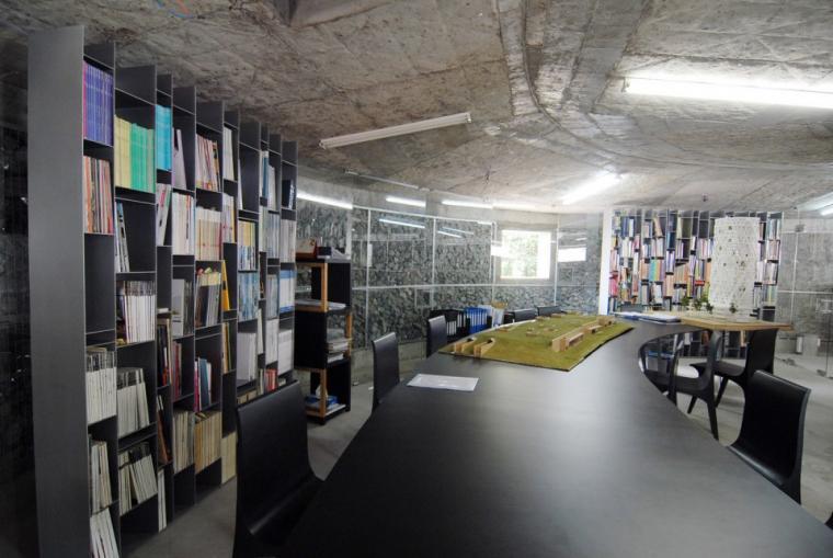 越南超原生态的建筑工作室内部实-越南超原生态的建筑工作室第14张图片