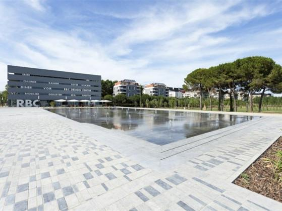 法国Stephane Hessel广场喷泉装置